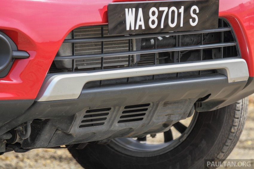 GALLERY: New and old Mitsubishi Triton, side-by-side Image #346673