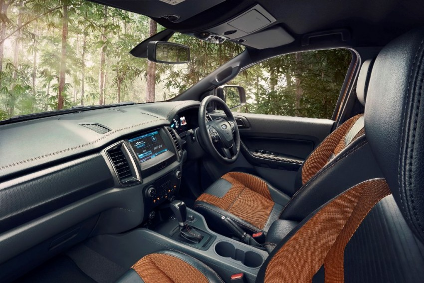 Ford Ranger Wildtrak facelift unveiled with new tech Image #349076