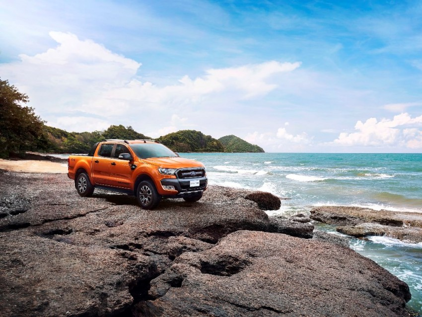 Ford Ranger Wildtrak facelift unveiled with new tech Image #349074