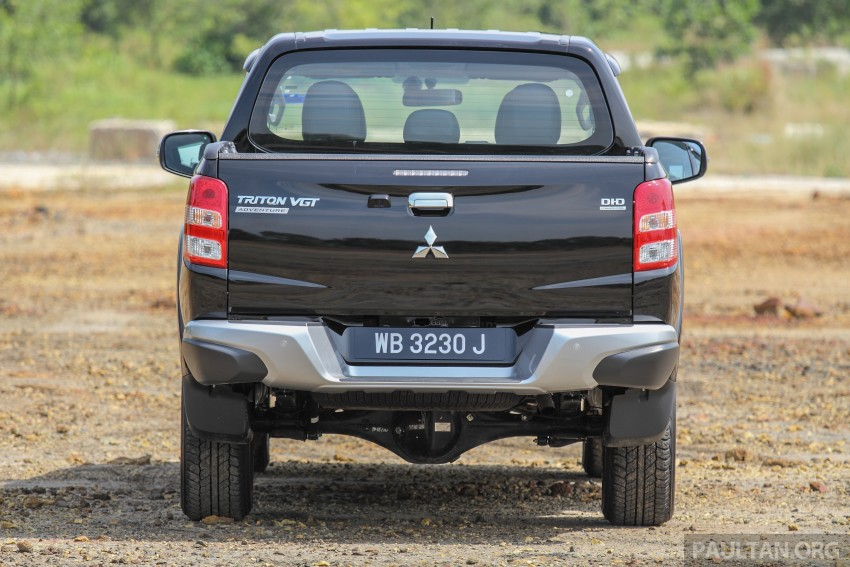 GALLERY: New and old Mitsubishi Triton, side-by-side Image #346623