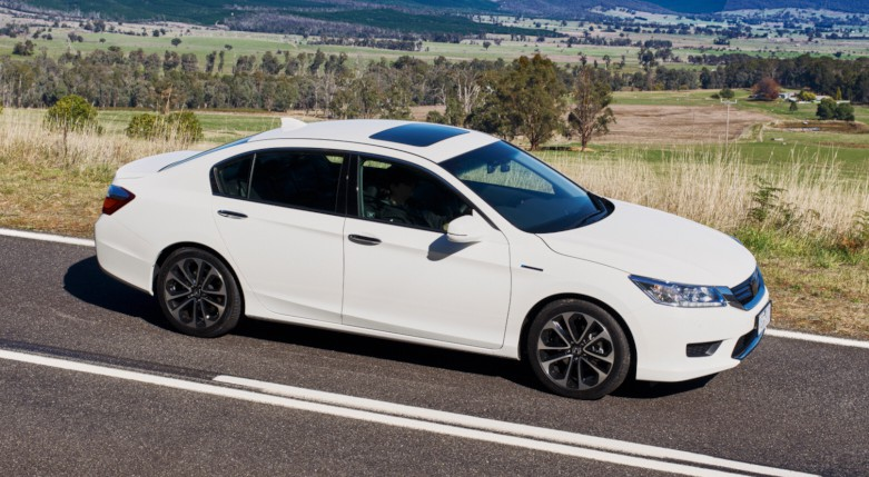 Honda Accord Sport >> 2015 Honda Accord Sport Hybrid launched in Australia Image 351389