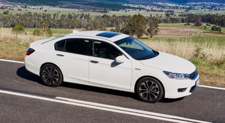 Honda Accord Sport >> 2015 Honda Accord Sport Hybrid launched in Australia Image 351389