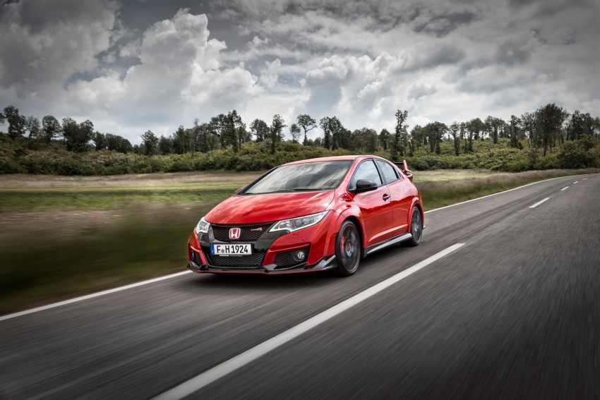 2015 Honda Civic Type R detailed for the Euro market Image #345858