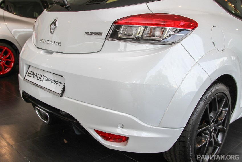 Renault Megane RS 265 Cup on sale in M'sia, RM235k Image #353393