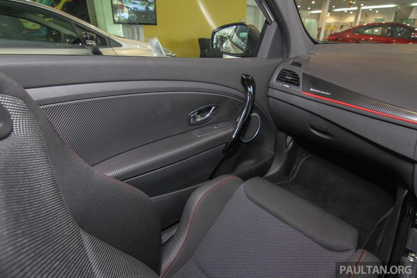 Renault Megane RS 265 Cup on sale in M'sia, RM235k Image #353415