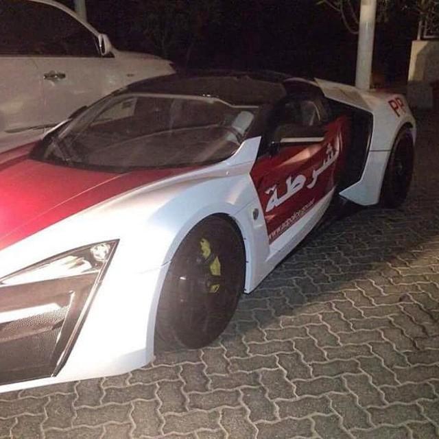Lykan Hypersport added to Abu Dhabi's police fleet Image #345854