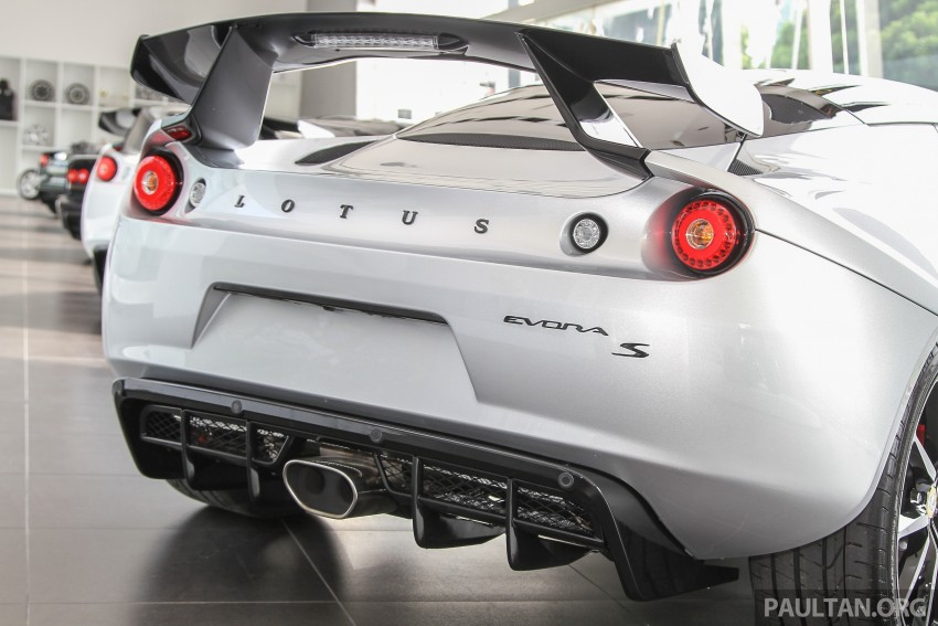 Lotus Elise 220 Cup now in Malaysia, from RM316k; Exige S Automatic and run-out Evora S also on display Image #353494