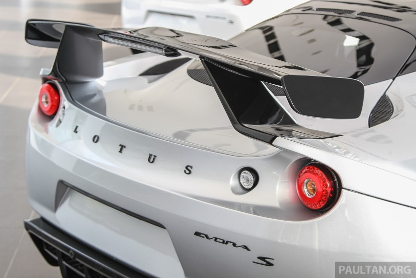 Lotus Elise 220 Cup now in Malaysia, from RM316k; Exige S Automatic and run-out Evora S also on display Image #353496