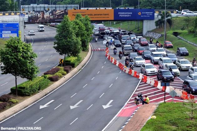 Mahameru traffic diversion