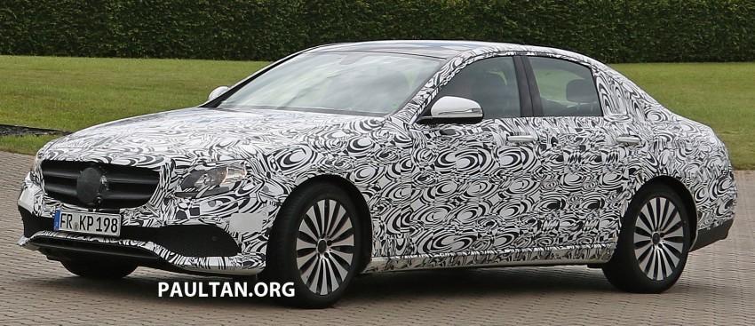 SPYSHOTS: W213 Mercedes-Benz E-Class strips camo Image #354673