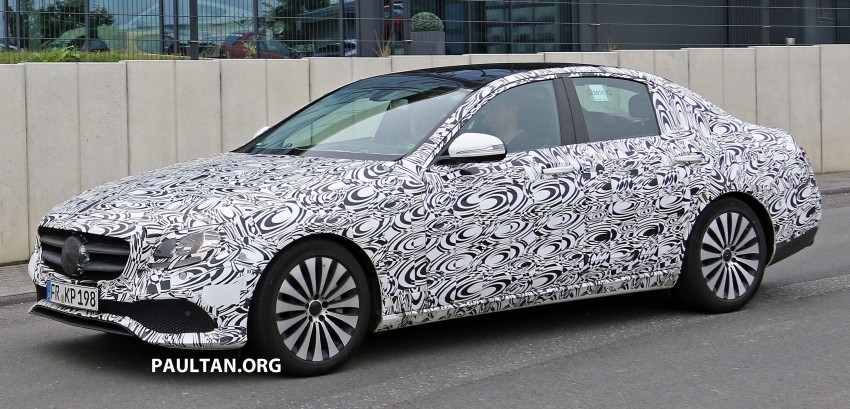 SPYSHOTS: W213 Mercedes-Benz E-Class strips camo Image #354674