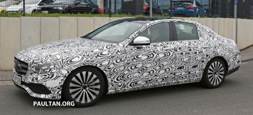 SPYSHOTS: W213 Mercedes-Benz E-Class strips camo Image #354675