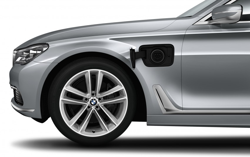 G11/G12 BMW 7 Series officially unveiled – full details Image #349110