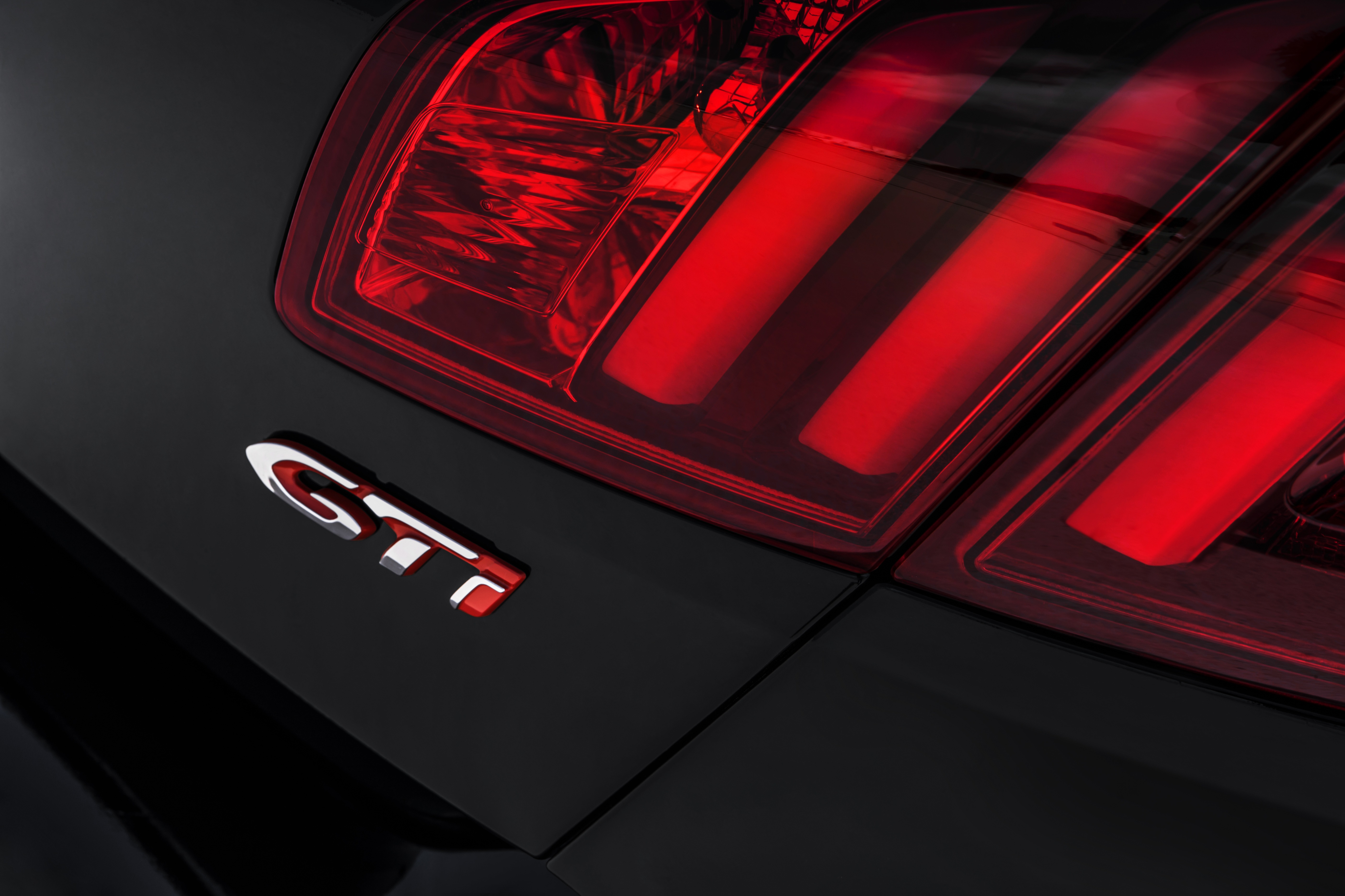 2018 Gti S >> 2016 Peugeot 308 GTi unveiled: 270 hp Gallic hot hatch Paul Tan - Image 351969