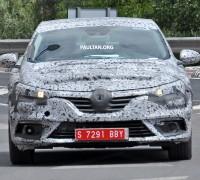 Renault Megane IV Road Spyshots-04