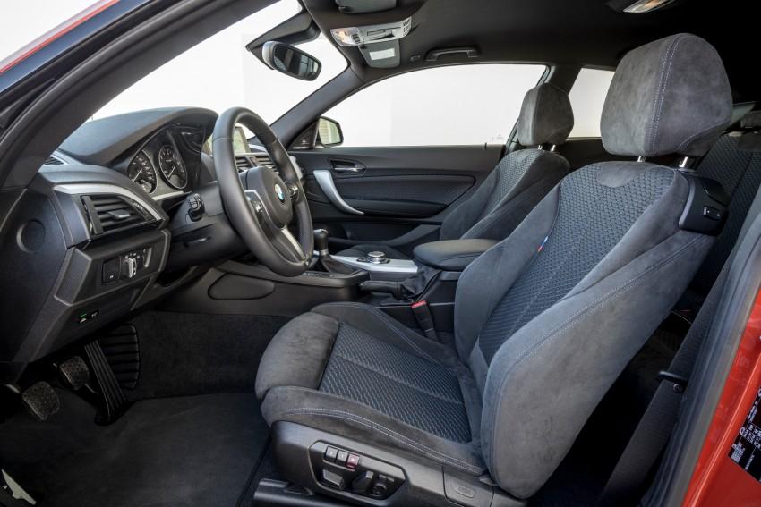 DRIVEN: BMW 1 Series facelift in Lisbon – 120d, M135i Image #348995