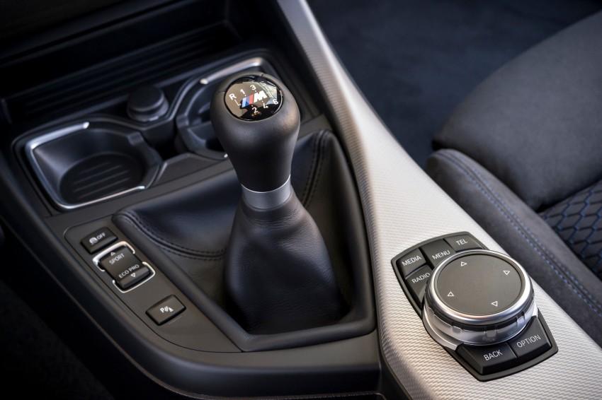 DRIVEN: BMW 1 Series facelift in Lisbon – 120d, M135i Image #349000