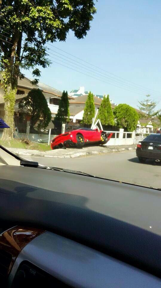 Ferrari 458 Speciale Gets Totalled In Kuching Sarawak