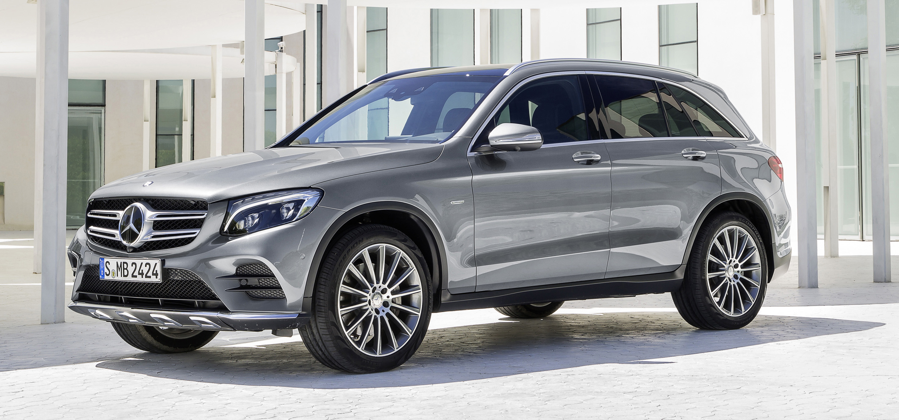 mercedes benz glc unveiled the suv sweet spot image 351697. Cars Review. Best American Auto & Cars Review