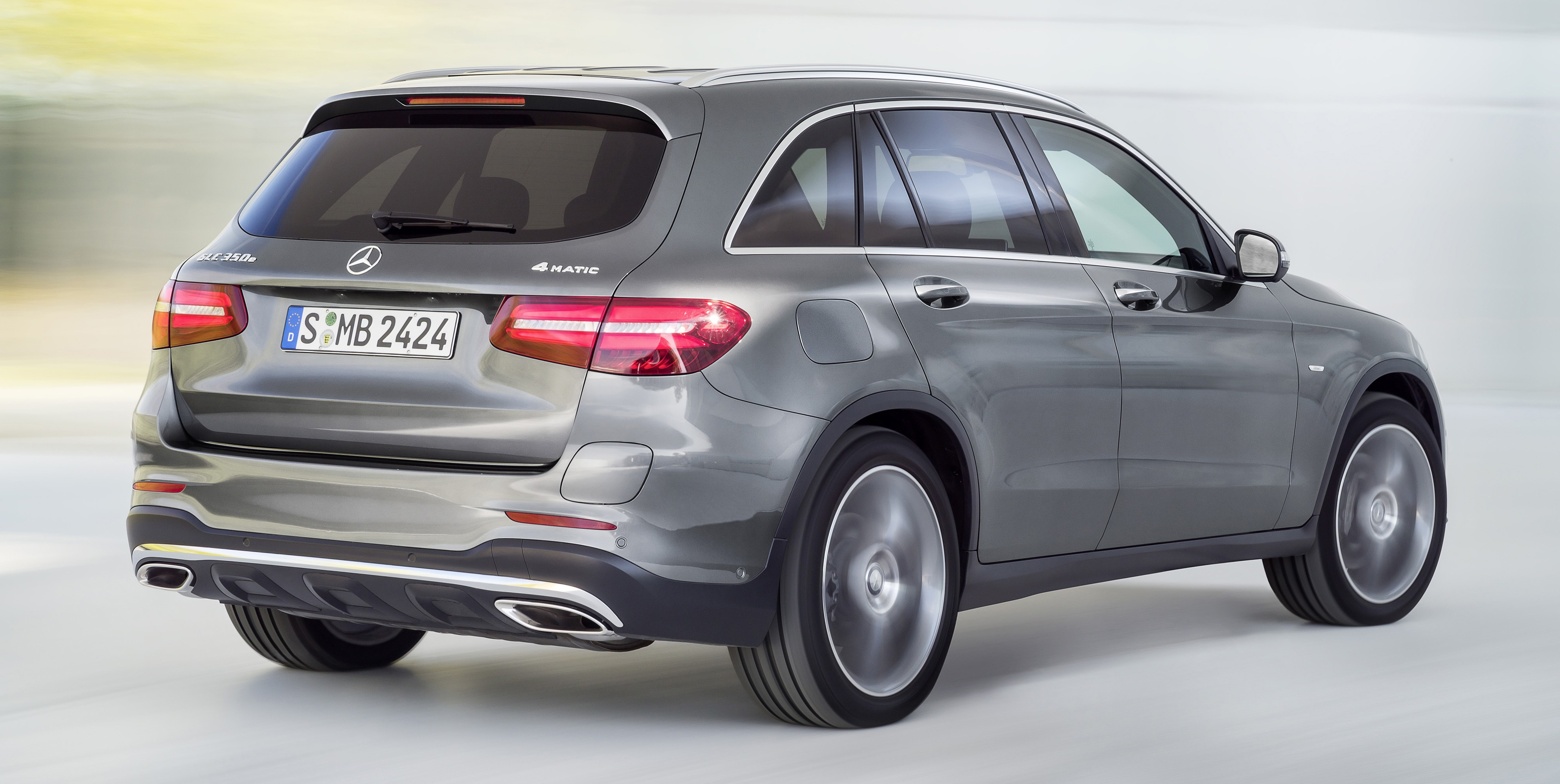 Image gallery mb glc 450 for Mercedes benz 450 suv price