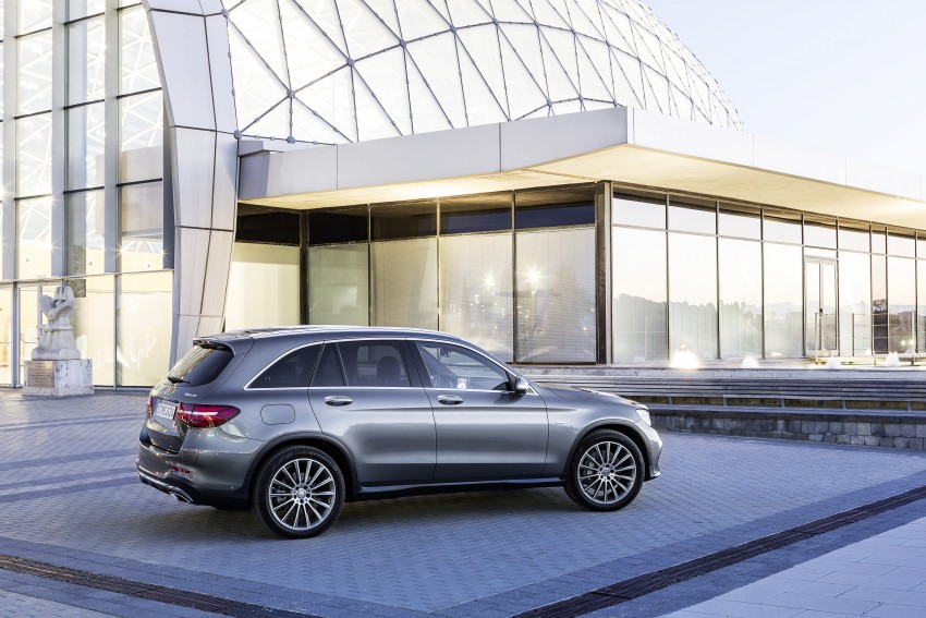 Mercedes-Benz GLC unveiled – the SUV sweet spot? Image #351739