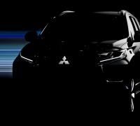 2016_Mitsubishi_Pajero_Sport_Teaser