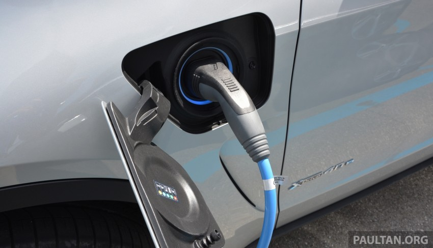 DRIVEN: BMW X5 xDrive40e plug-in hybrid in Munich Image #361526