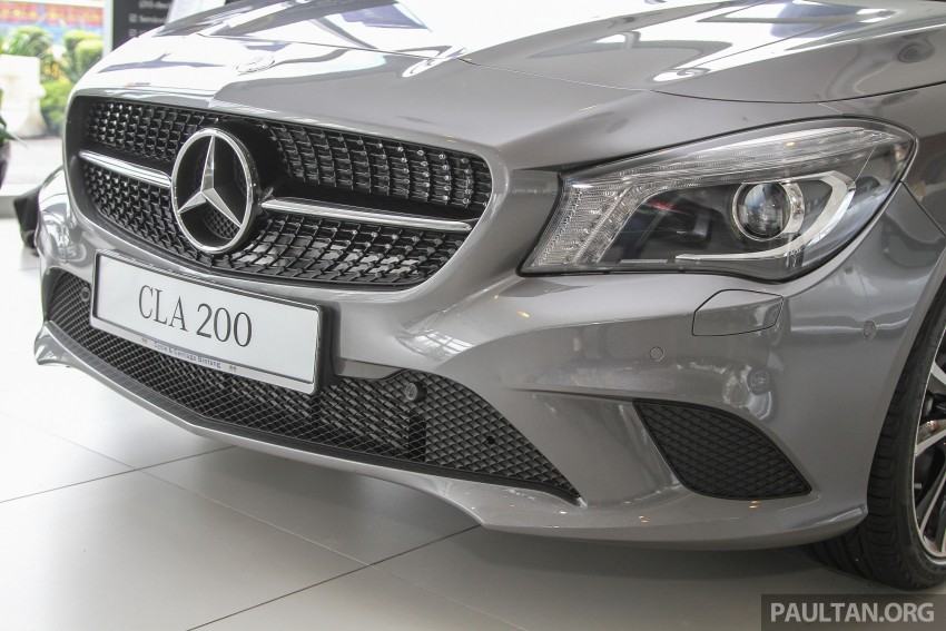 2015 mercedes benz cla 200 receives new steering wheel for Mercedes benz cla 200 price