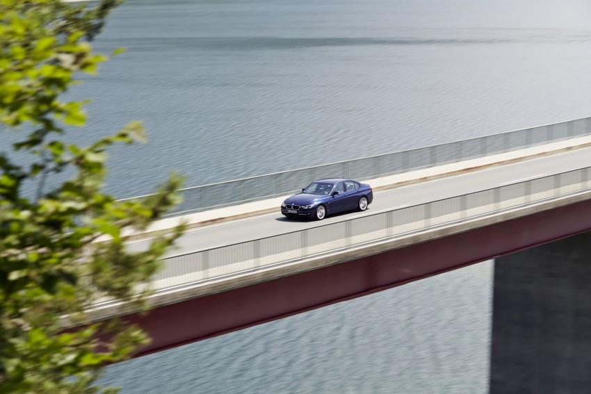 GALLERY: BMW F30 LCI 340i in Mediterranean Blue Image #360057