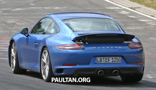 Porsche 911 facelift camofree 10