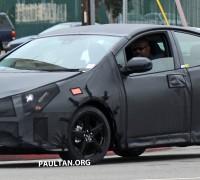 Toyota-Prius-004