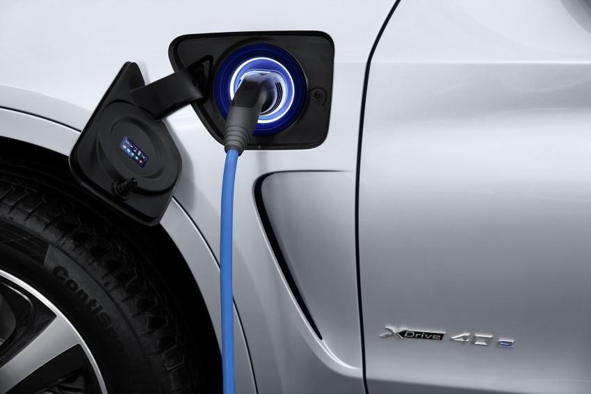 DRIVEN: BMW X5 xDrive40e plug-in hybrid in Munich Image #440466