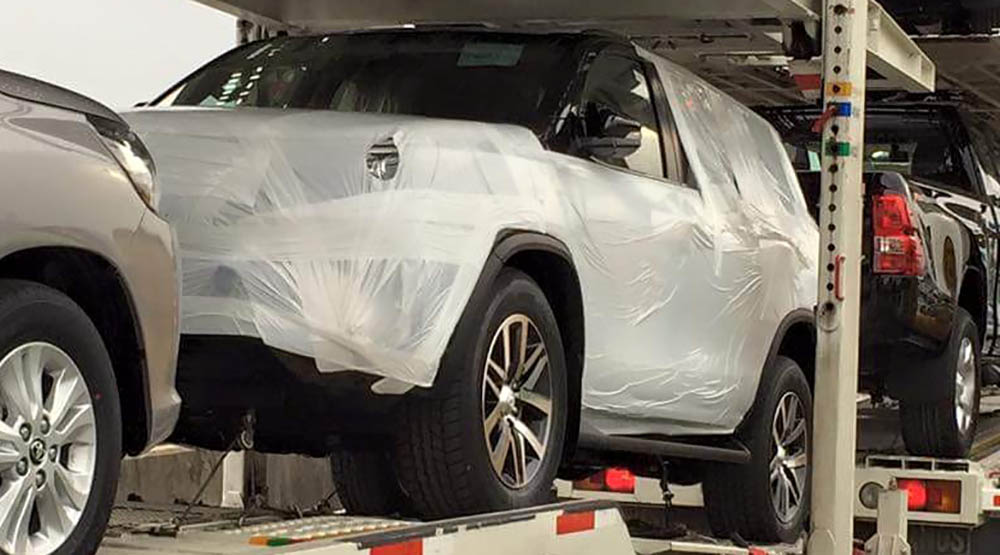 Spyshots 2016 Toyota Fortuner Caught On Trailer Image 358200