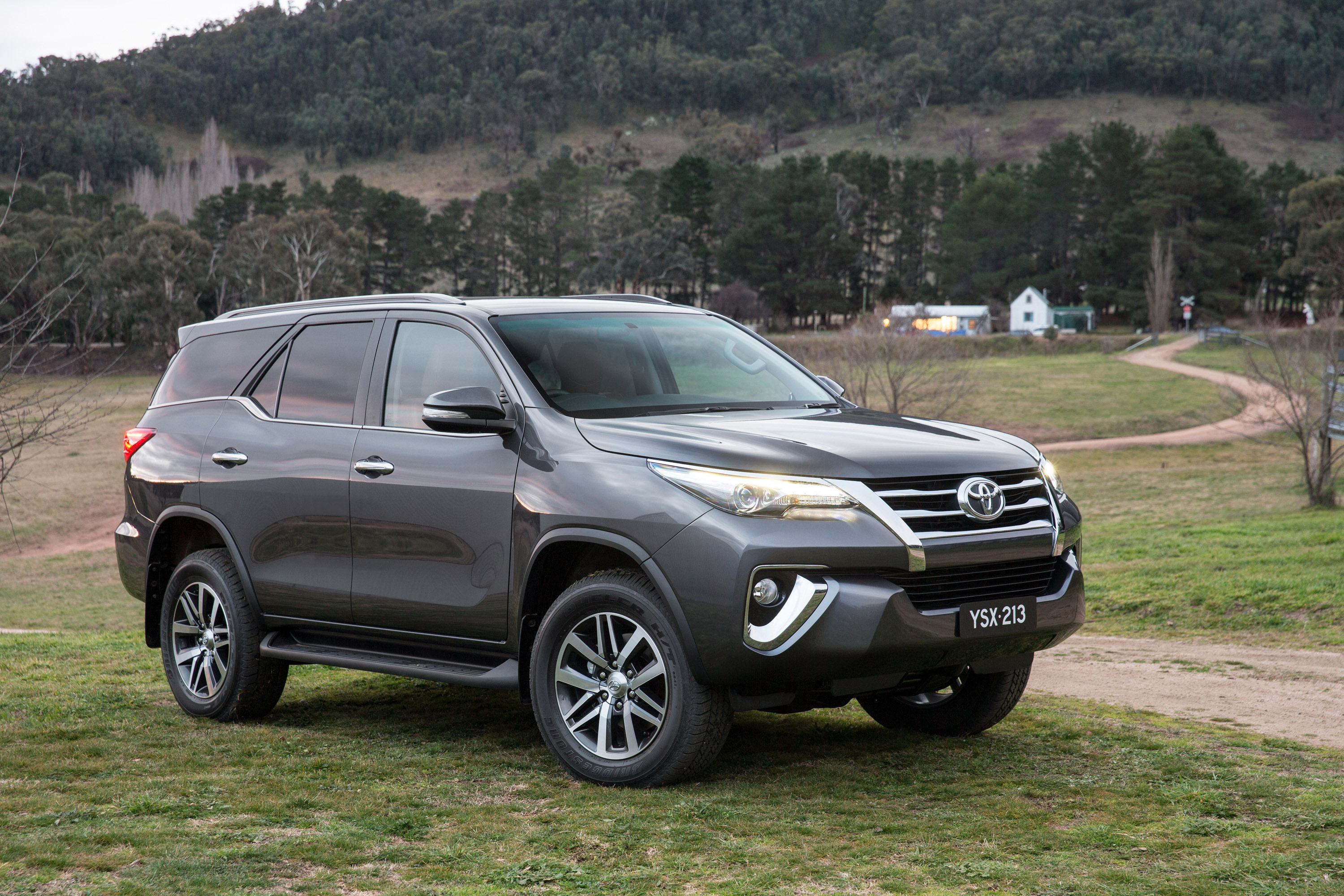 Toyota All Model >> 2016 Toyota Fortuner debuts in Thailand, from RM133k Image 359475