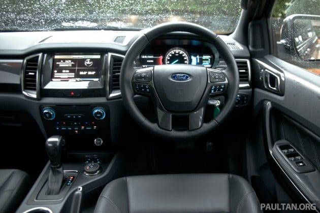 2015 Ford Everest 74
