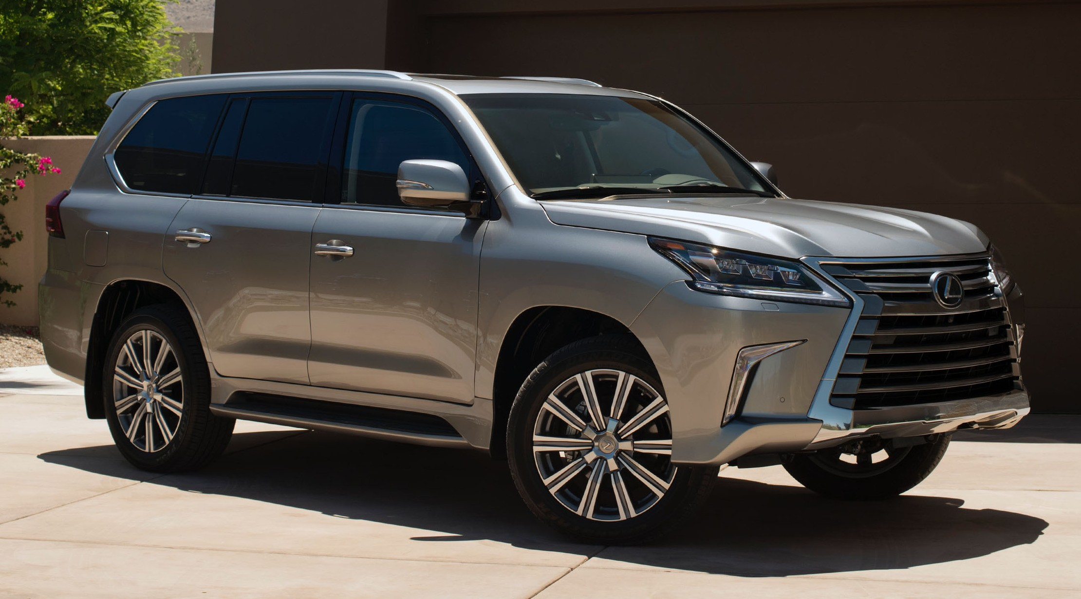 2015 lexus lx 570 styling review 2017 2018 best cars. Black Bedroom Furniture Sets. Home Design Ideas