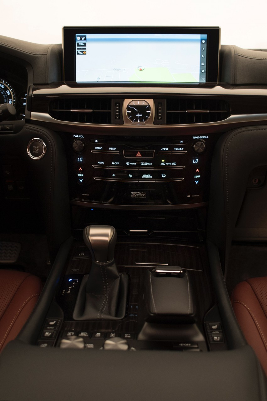 2016 Lexus LX facelift gets a host of tech updates Image #367493
