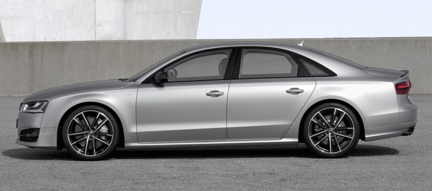 Audi S8 plus – 605 hp, 3.8 sec, 305 km/h transporter Image #364564