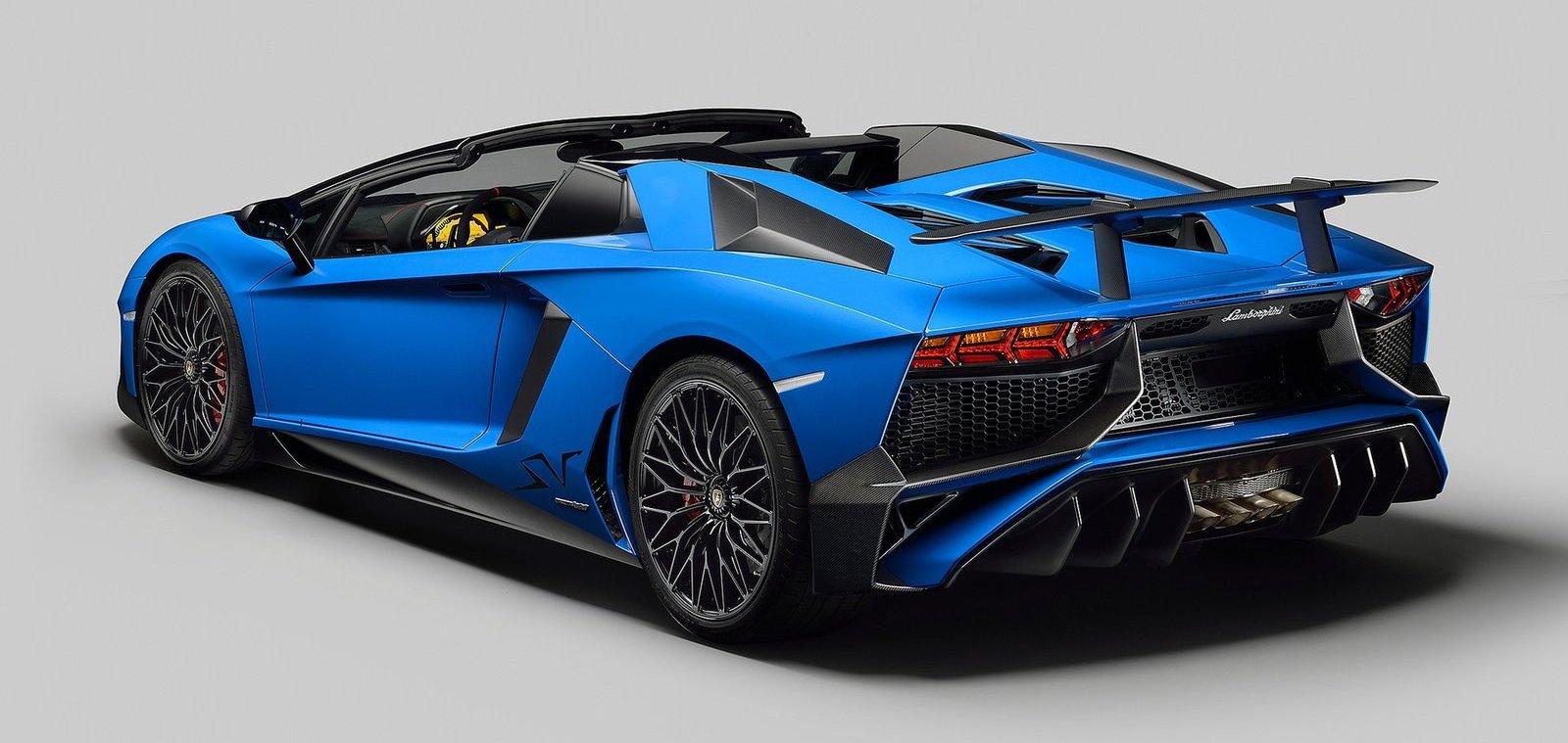 Lamborghini Aventador LP750,4 SV Roadster launched