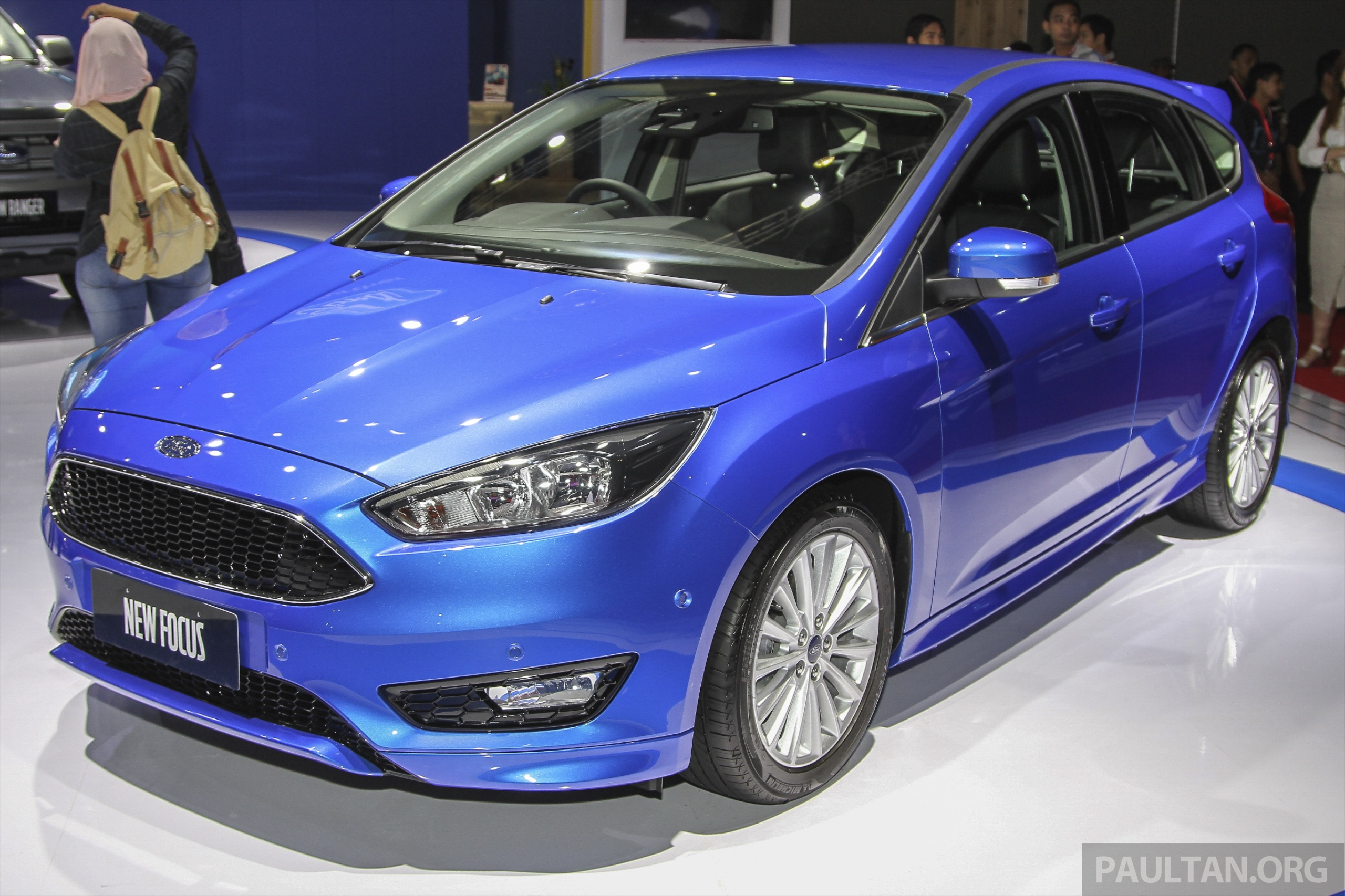 iims 2015 ford focus facelift makes asean debut 1 5 ecoboost turbo 6 speed auto from rm120k. Black Bedroom Furniture Sets. Home Design Ideas