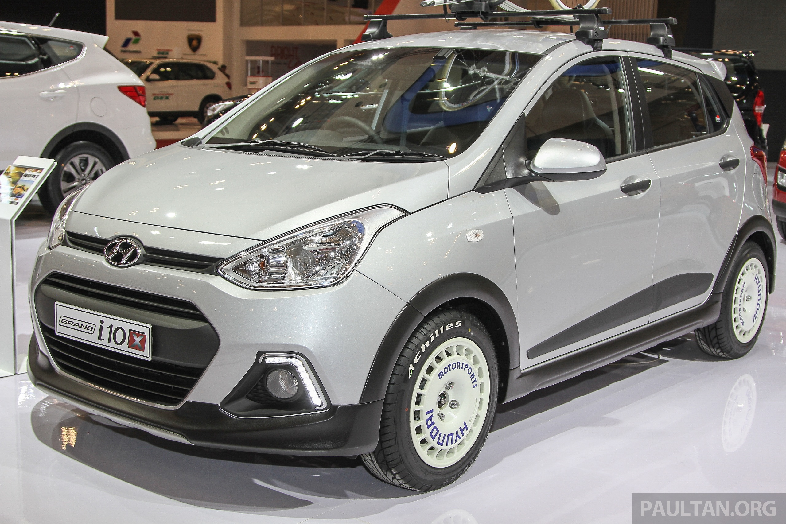 giias 2015 hyundai grand i10 x suv styled city car. Black Bedroom Furniture Sets. Home Design Ideas