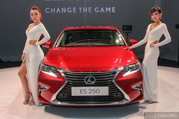 Lexus ES Facelift Girls 1