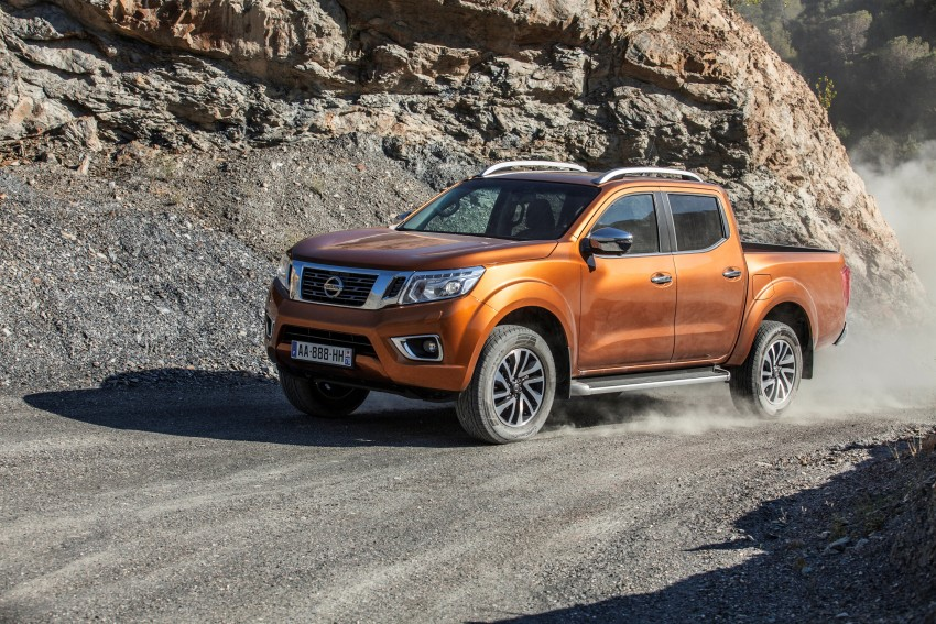 GALLERY: Nissan Navara NP300 sets foot in Europe Image #370495