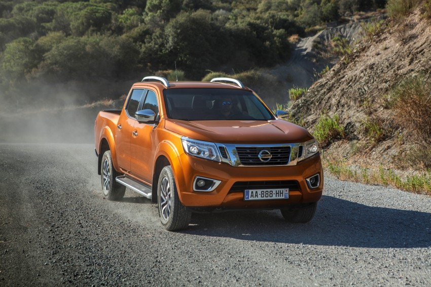 GALLERY: Nissan Navara NP300 sets foot in Europe Image #370499