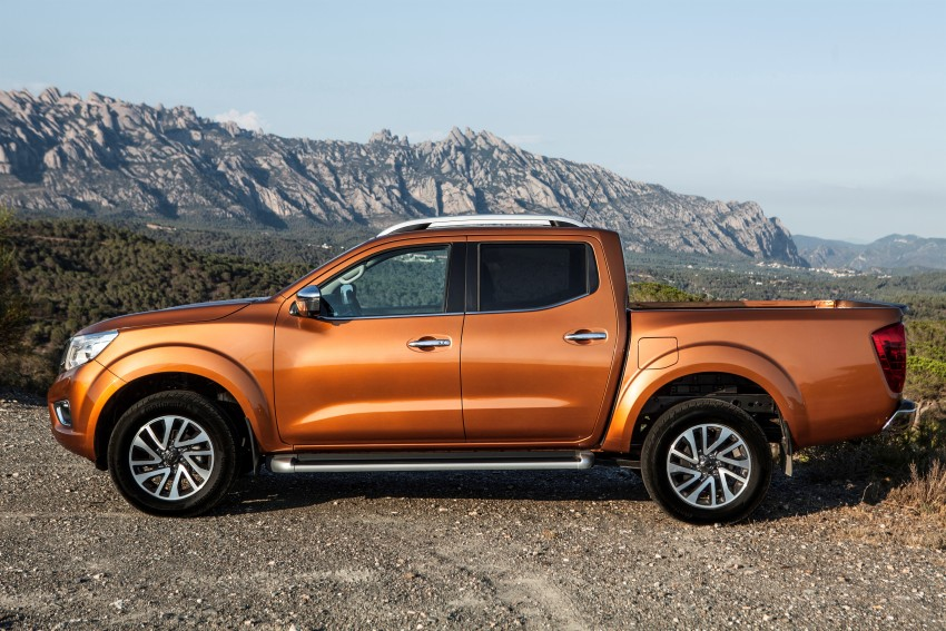 GALLERY: Nissan Navara NP300 sets foot in Europe Image #370502