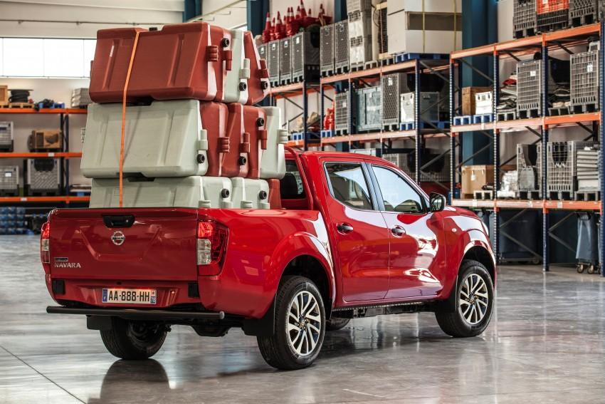 GALLERY: Nissan Navara NP300 sets foot in Europe Image #370513