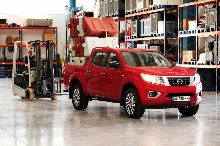 GALLERY: Nissan Navara NP300 sets foot in Europe Image #370514