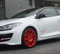 Renault_Megane_RS_275_Trophy-R_Malaysia_ 002