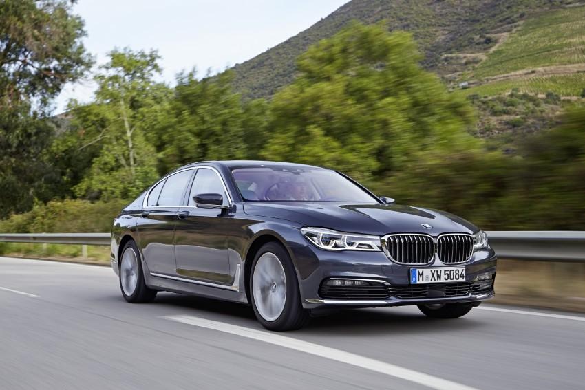 MEGA GALLERY: G11 BMW 7 Series in detail Image #372413