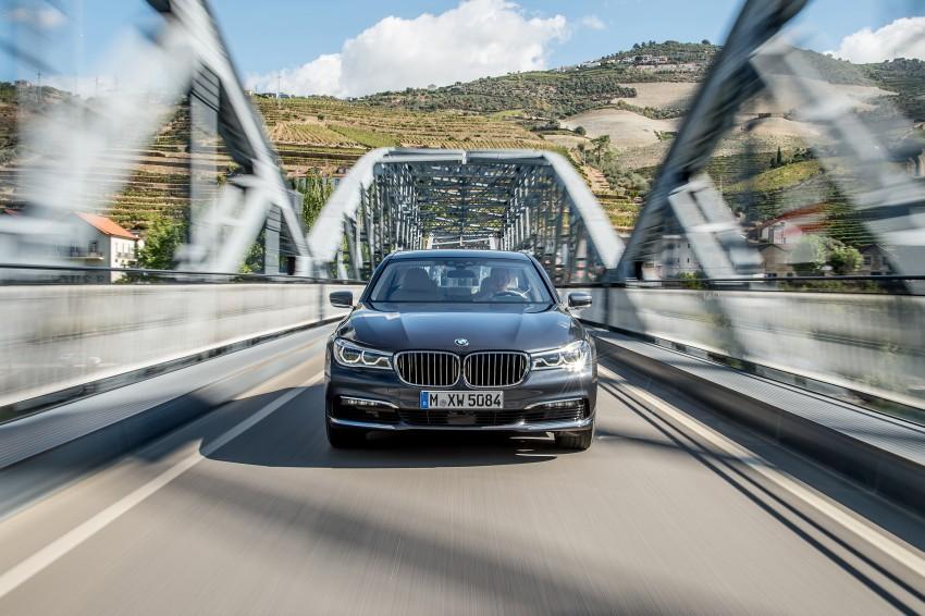 MEGA GALLERY: G11 BMW 7 Series in detail Image #372507